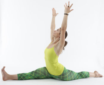 yoga split pose