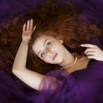 colour purple lady
